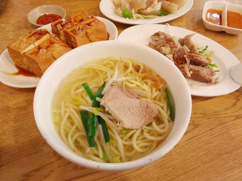 老街切仔麵,樸實的古早味,小菜好吃 @我眼睛所看見的世界(Fly's Blog)