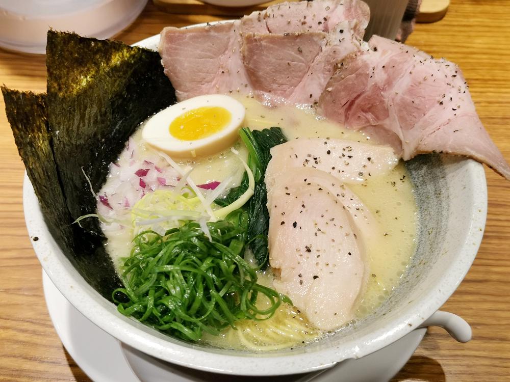 隱家拉麵,超人氣拉麵店,每日限量真鯛魚白湯拉麵真的好吃! @我眼睛所看見的世界(Fly's Blog)