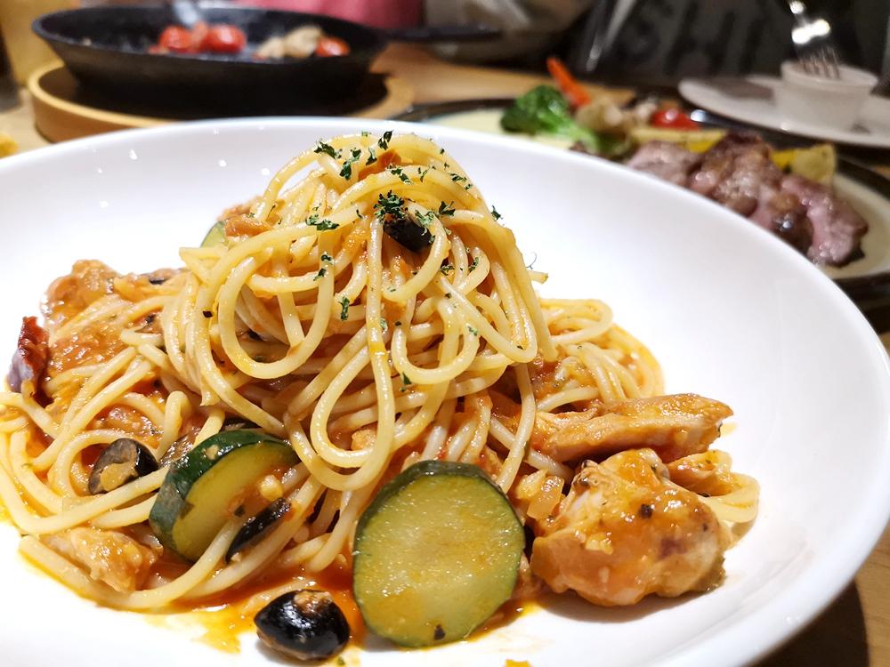 默爾義大利餐廳,排餐、義大利麵都相當美味,GOOGLE評價相當好 @我眼睛所看見的世界(Fly's Blog)