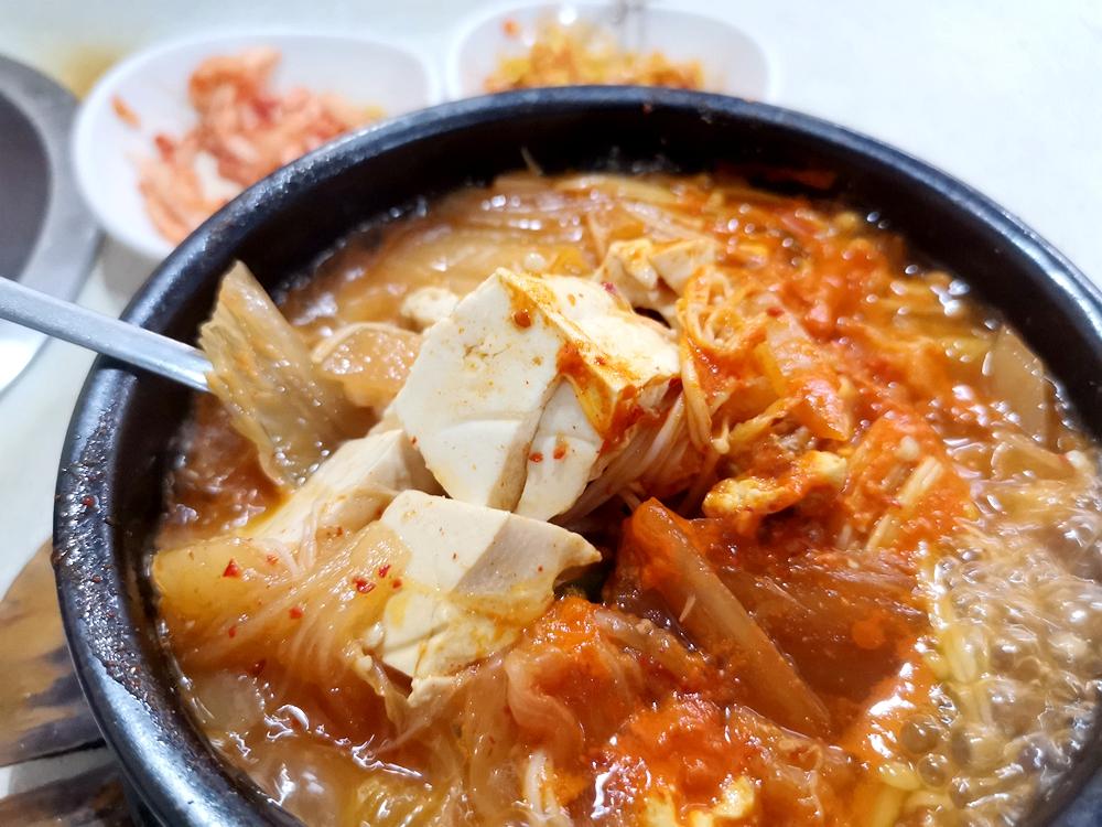 桃園龜山好吃的肉粽和當歸鴨腿!! @我眼睛所看見的世界(Fly's Blog)