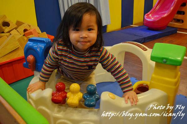 米拉親子生活館,抱著小孩去聚會的好地方! @我眼睛所看見的世界(Fly's Blog)