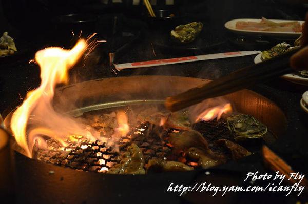 有間燒烤,適合喜歡烤蚵仔的大胃王 @我眼睛所看見的世界(Fly's Blog)