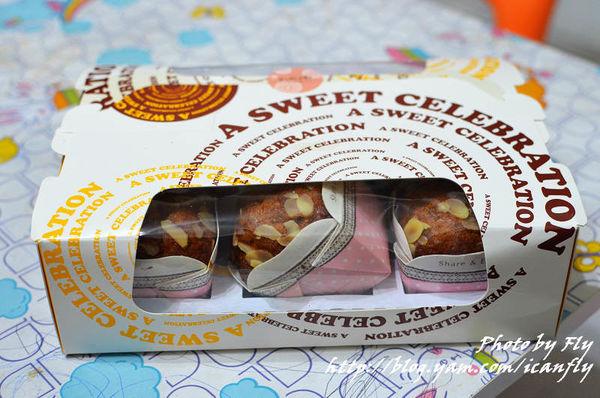 米多甜洋果子,桂圓蛋糕,紮實啊! @我眼睛所看見的世界(Fly's Blog)