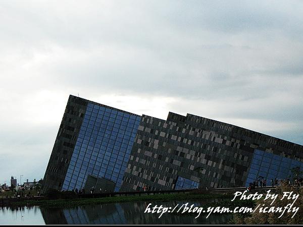 【趴趴走】蘭陽博物館-讓人頭暈哪!! @我眼睛所看見的世界(Fly's Blog)