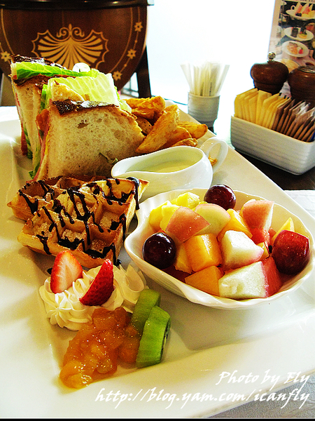 【就是愛吃】華泰王子大飯店楓丹廳英式午晚茶,吃好撐! @我眼睛所看見的世界(Fly's Blog)