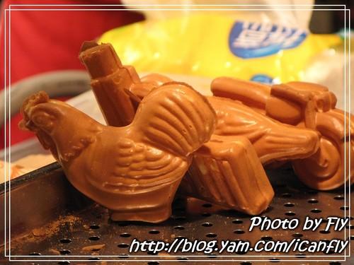 【就是愛吃】剪刀式脆皮立體雞蛋糕《台北:臨江街夜市》 @我眼睛所看見的世界(Fly's Blog)