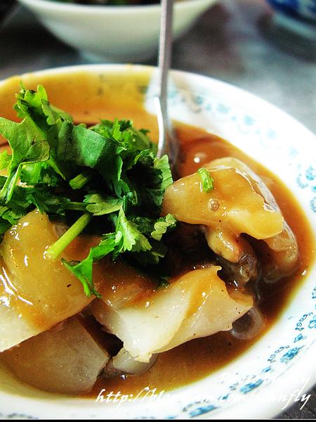 【就是愛吃】新營肉圓、好多味大腸包小腸《板橋南雅夜市》 @我眼睛所看見的世界(Fly's Blog)