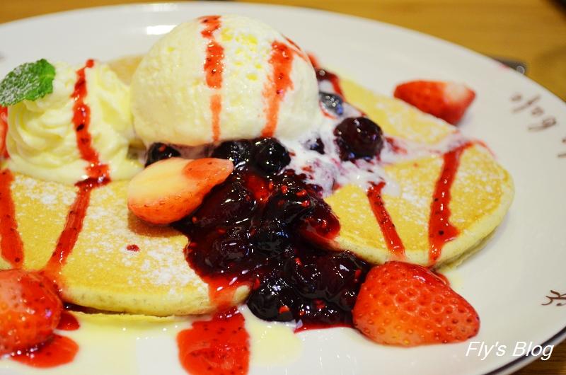 九州鬆餅咖啡Kyushu Pancake(九州パンケーキ),女孩們,衝啊!!!!!!!!! @我眼睛所看見的世界(Fly's Blog)
