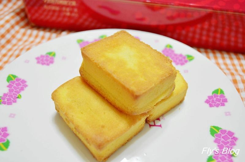 板橋小潘鳳梨酥,鳳梨酥界的天王,一試成主顧!!(小潘蛋糕坊,便宜好吃,C/P值超高) @我眼睛所看見的世界(Fly's Blog)