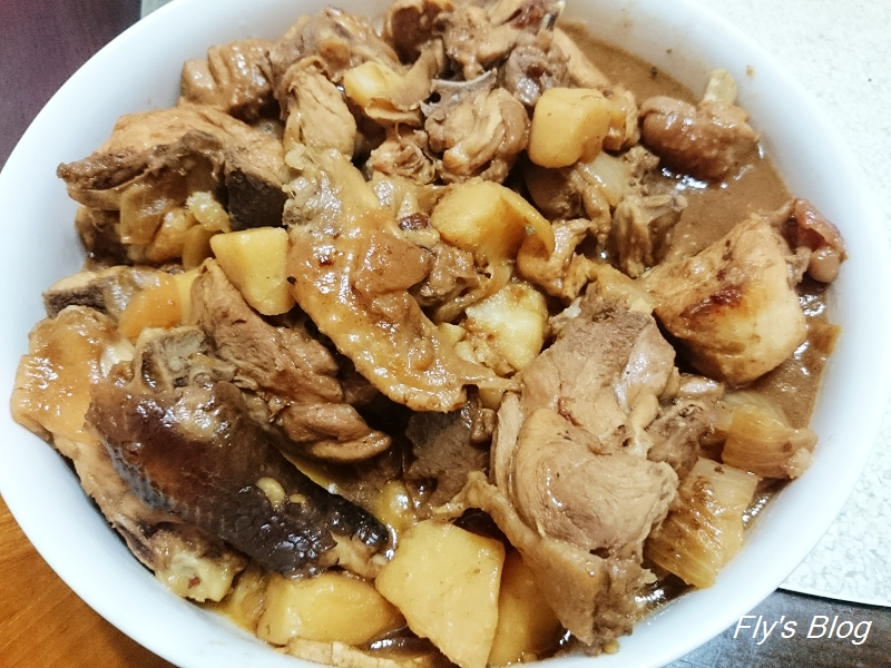 媽媽料理:洋蔥馬鈴薯燒雞(當便當菜也很不錯) @我眼睛所看見的世界(Fly's Blog)
