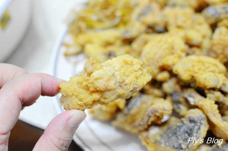 香酥炸鯖魚,大人小孩都超級喜歡的鯖魚料理,當下酒菜、點心也很適合!(雞籠好魚廚房實作) @我眼睛所看見的世界(Fly's Blog)