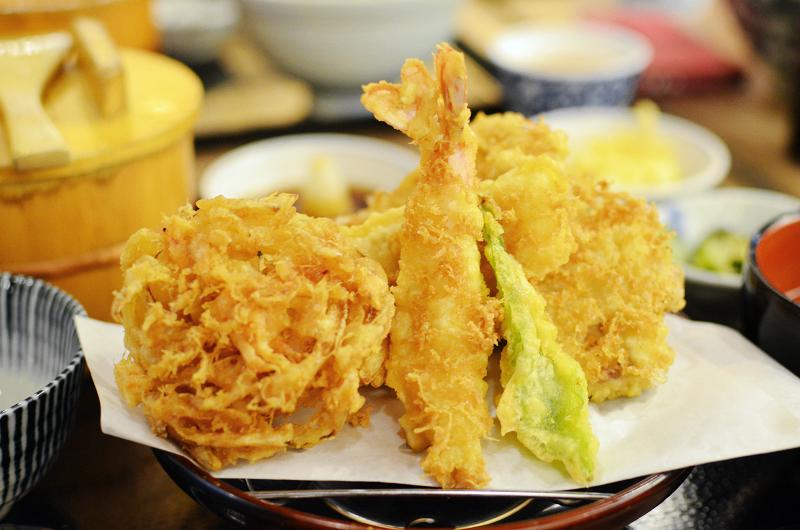 天吉屋,特製牡蠣丼與烏龍沾麵雙品,牡蠣味道很濃郁! @我眼睛所看見的世界(Fly's Blog)