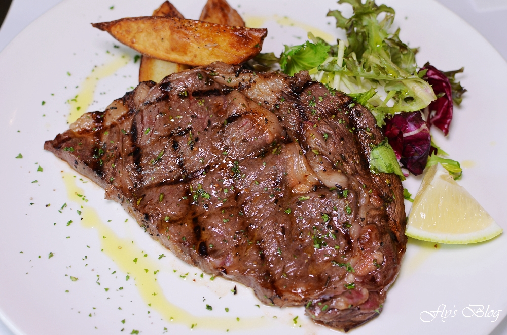 Trattoria di Primo 復興店超值商業午餐,經典前菜無限續,惡魔風戰斧豬肋排太美味啦! @我眼睛所看見的世界(Fly's Blog)